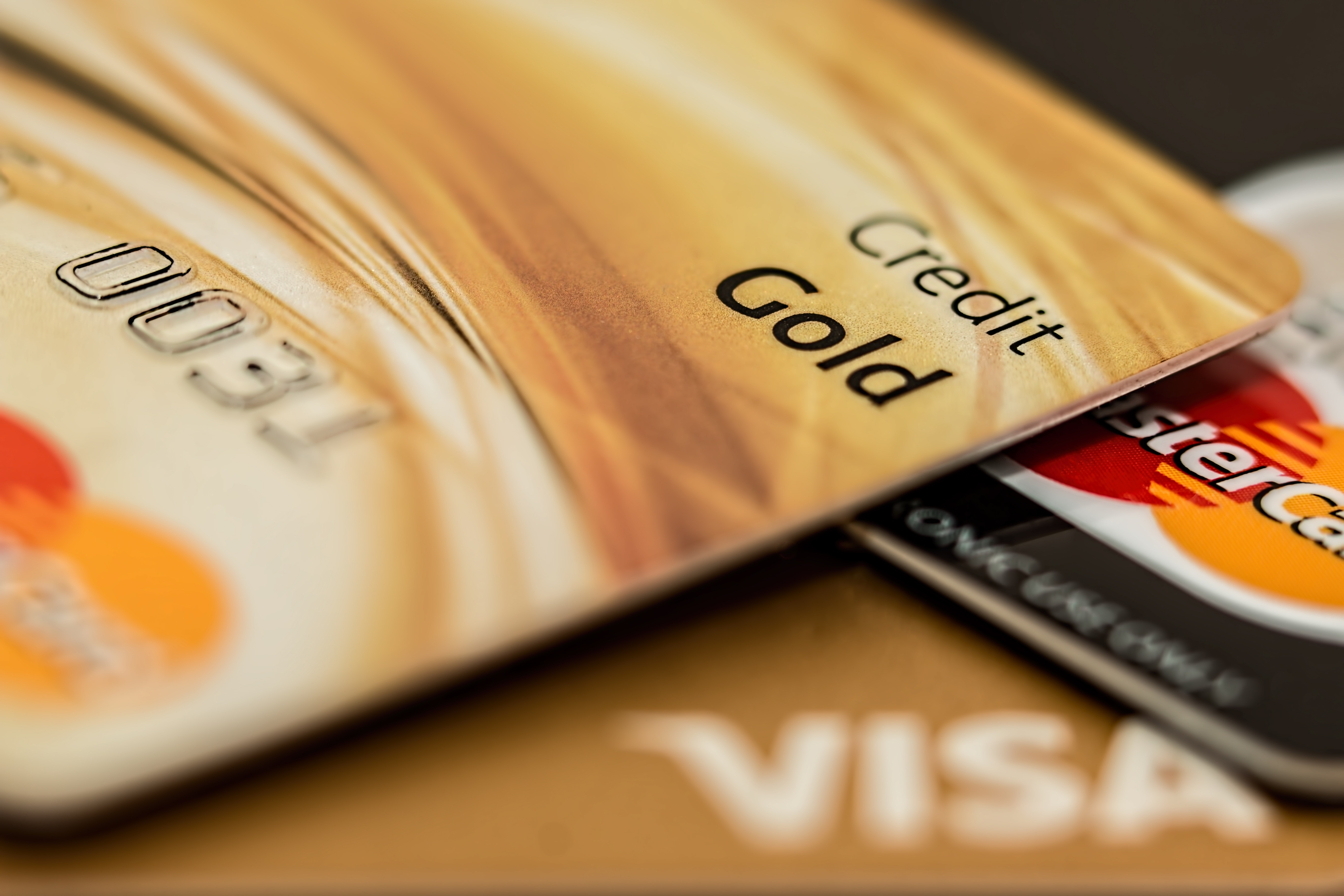 TransferWise and MasterCard partner up: Are you ready for TransferWise debit cards?